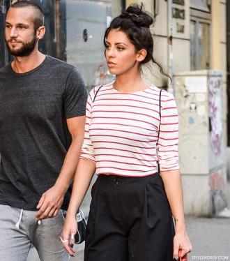 Kako stilizirati suknja-hlače, bijele tenisice i prugastu kratku majicu, ulična moda jesen 2015 Zagreb, street style by stylezagreb.com