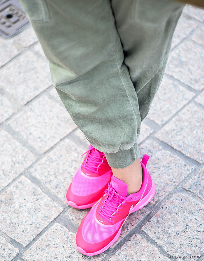 Ulicna moda Zagreb, street style Zagreb, stajling za svaki dan, stajling za vikend za pink Nike tenisicama, Josipa Ivančić, street style moda by StyleZagreb.com
