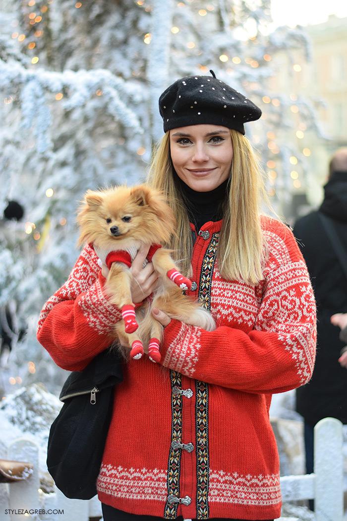 Zagreb in winter: Nina Mia Čikeš stil, ulična moda advent u Zagrebu, street style, moda zima crveni džemper i beretka, čizme s resama, johann franck, ulična moda StyleZagreb.com