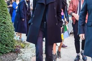 Mornarski kaput - glavni komad u ormaru urednice pariškog Voguea... StyleZagreb.com