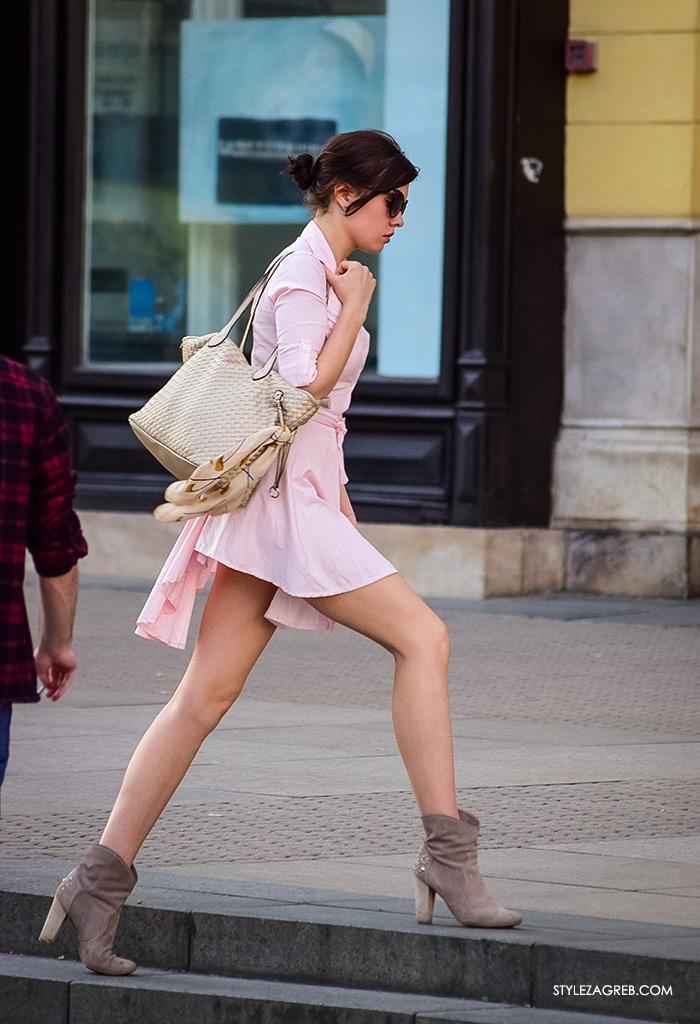 Mala roza haljina, street style Zagreb ulična moda, Trg bana Jelačića, straktivna žena u mni roza haljini košulja kroja, ženska moda