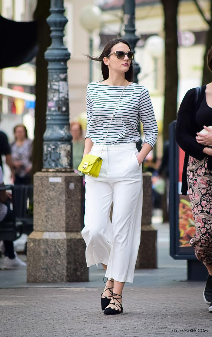 Zagreb ulična moda, Style Zagreb proljeće street style cro moda fashion žena hr, kako nositi prugastu majicu, bijele šos-hlače i crne balerinke na vezanje