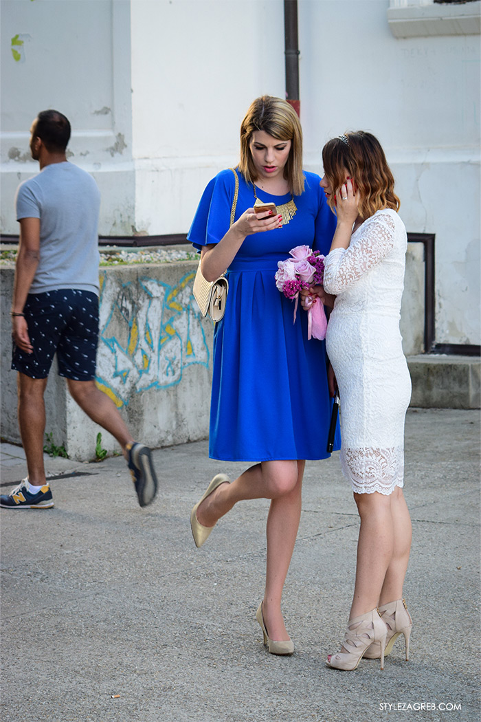 street style Zagreb Cest is d'Best program, ulična moda zagrebačka špica subota proljetna ženska moda mini haljine, off shoulder gola ramena top, mladenka, što odjenuti na svadbu