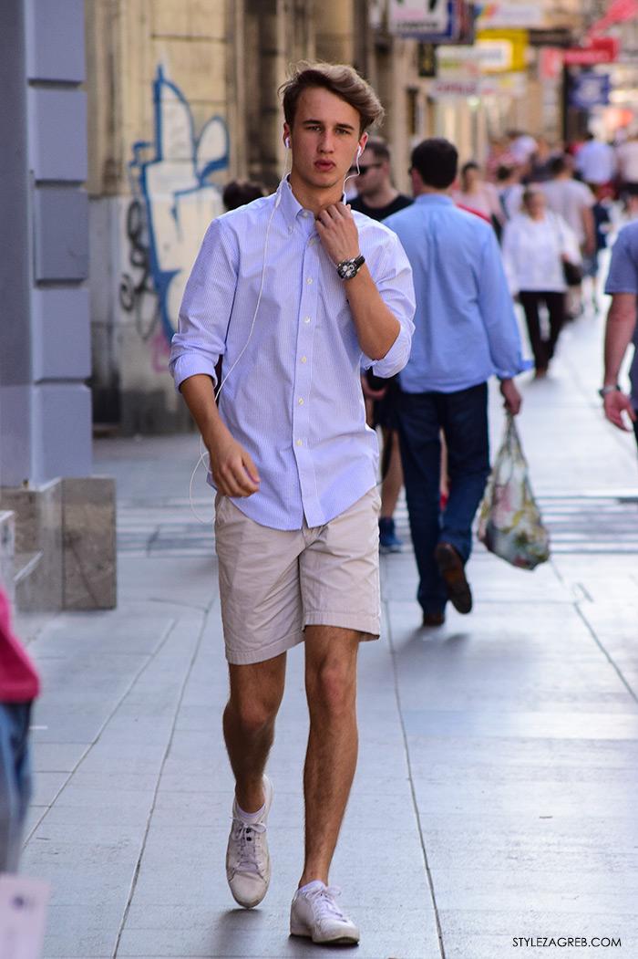street style Zagreb Cest is d'Best program, ulična moda zagrebačka špica subota proljetna muška moda bermude, bijele tenisice i plava košulja