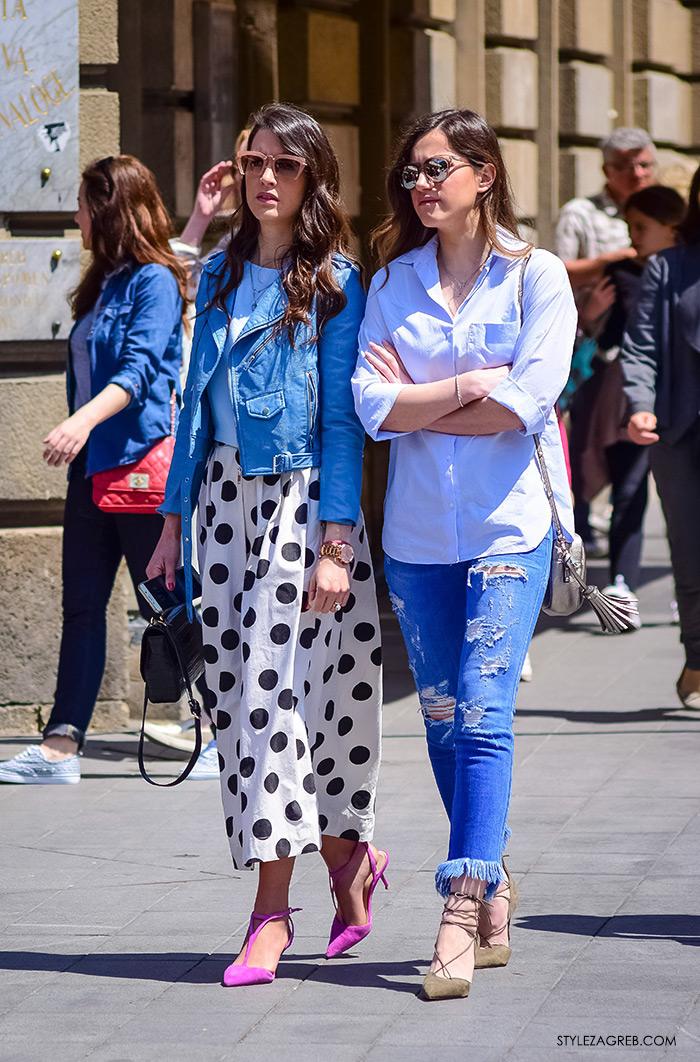 proljetna ulična moda Zagreb street style, maksi-midi suknja i Zara kratka svijetlo-plava bajkerska jakna, dnevni look: Eva Perica Bilaver, Ivana Jerković