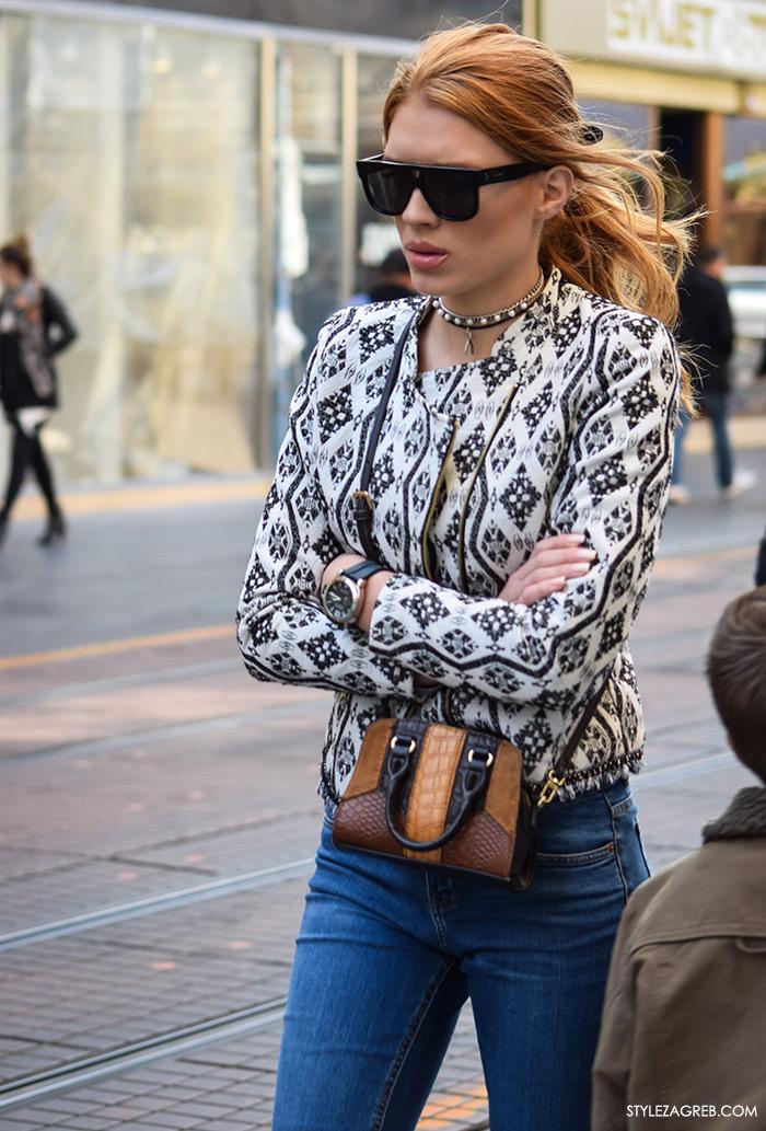 Street style Zagreb, moda zima 2016. kako nositi choker s perlicama, lijepa crvenokosa žena ulična moda