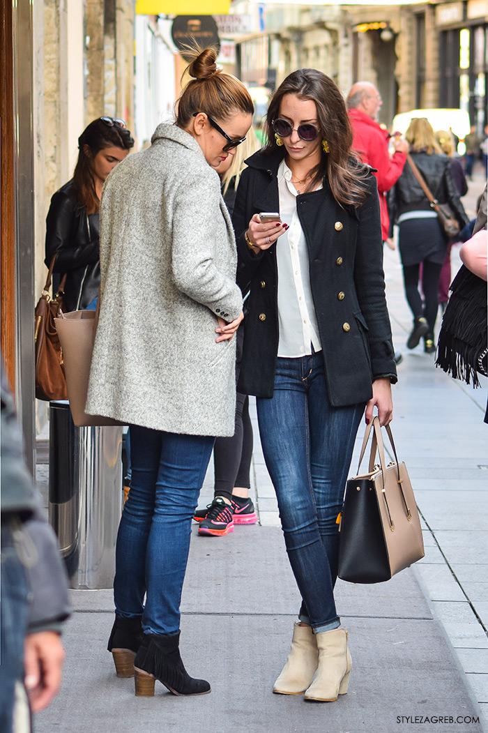 Moda jesen zima 2016 street style Zagreb, špica, subota, kombinacija pea coat marnarski kaput i traperice jeans