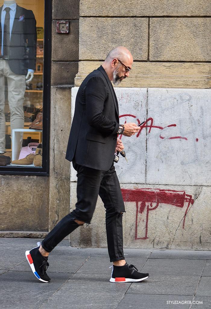 Street style Zagreb jesen 2016 muška moda, crni sako, crne poderane traperice i crne tenisice, muž od Larie by Marina Lacković Instagram
