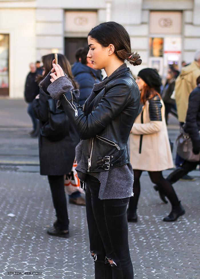 Style Zagreb Advent u Zagrebu, street style fashion, how to wear black leather biker jaket, distressed denim and jumper špica subota 3. prosinac 2016., Klara Višnjić Instagram »