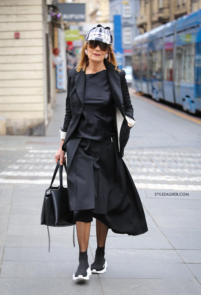 Kako Đurđa Tedeschi kombinira crne Balenciaga tenisice, street style Zagreb špica subota ožujak