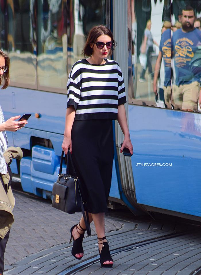 zagrebačka špica proljetna moda street style, Zrinka Ferina glavna urednica tjednika Story, crna mid suknja, prugasta majica i štikle
