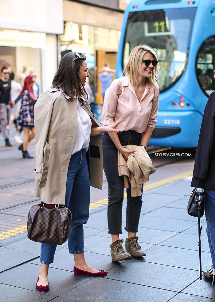 Street style Zagreb kako nositi roza boja stajling kombinacija roza košulja na točkice tamne trpaerice tenisice Isabel Marant