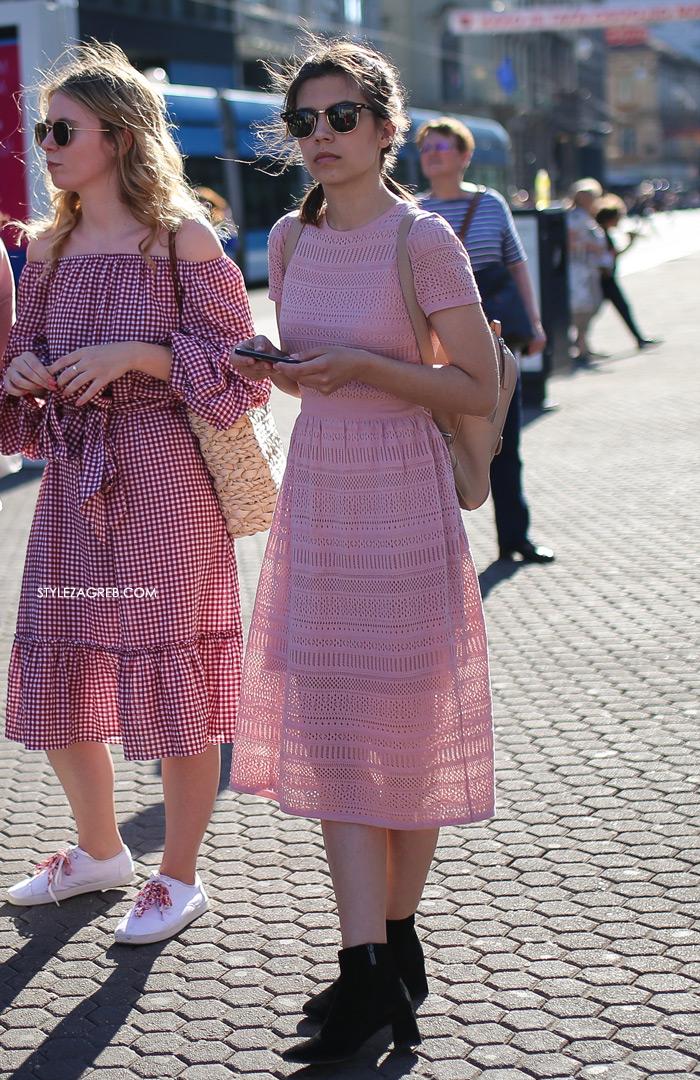 Street style Zagreb kako nositi roza boja stajling kombinacija lijepa djevojka roza haljina od čipke