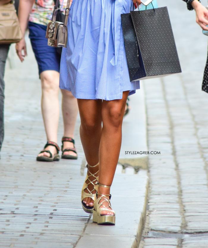 Paula Vuko Instagram plava haljina na preklop zlatne flatforme na vezanje Guliver Style Zagreb