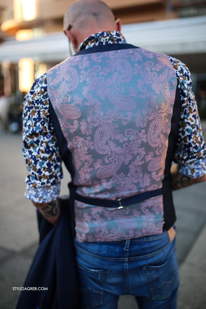 Alen Kolbas: Kontrolor leta s tetovažama u finom odijelu | Style Zagreb street style muška moda odijelo Ivica Klarić, traperice Replay, Gucci loafers prsluk s podstavom