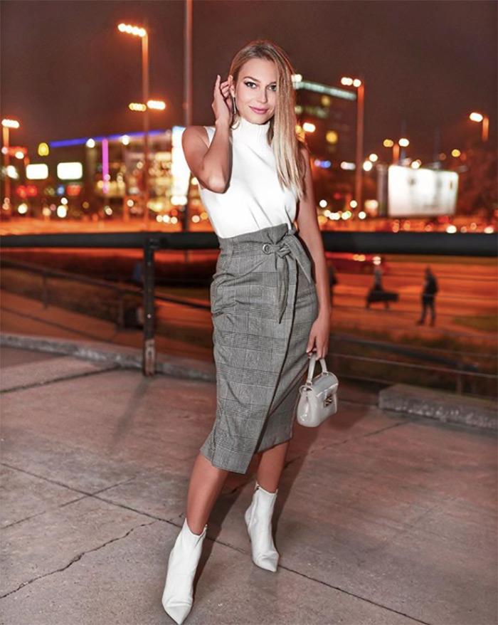 blogerica Sonja Kovač u HM štof suknji na preklop