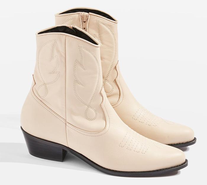 Moda trend nose se bijele čizme kaubojke Topshop