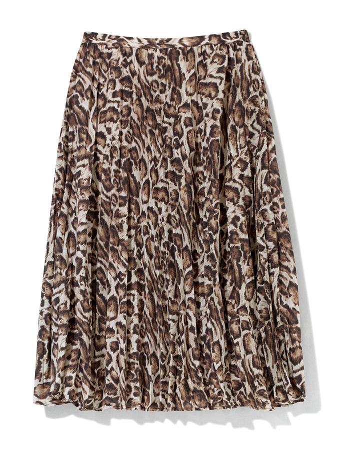 Kombiniranje plisirane suknje leopard uzorka