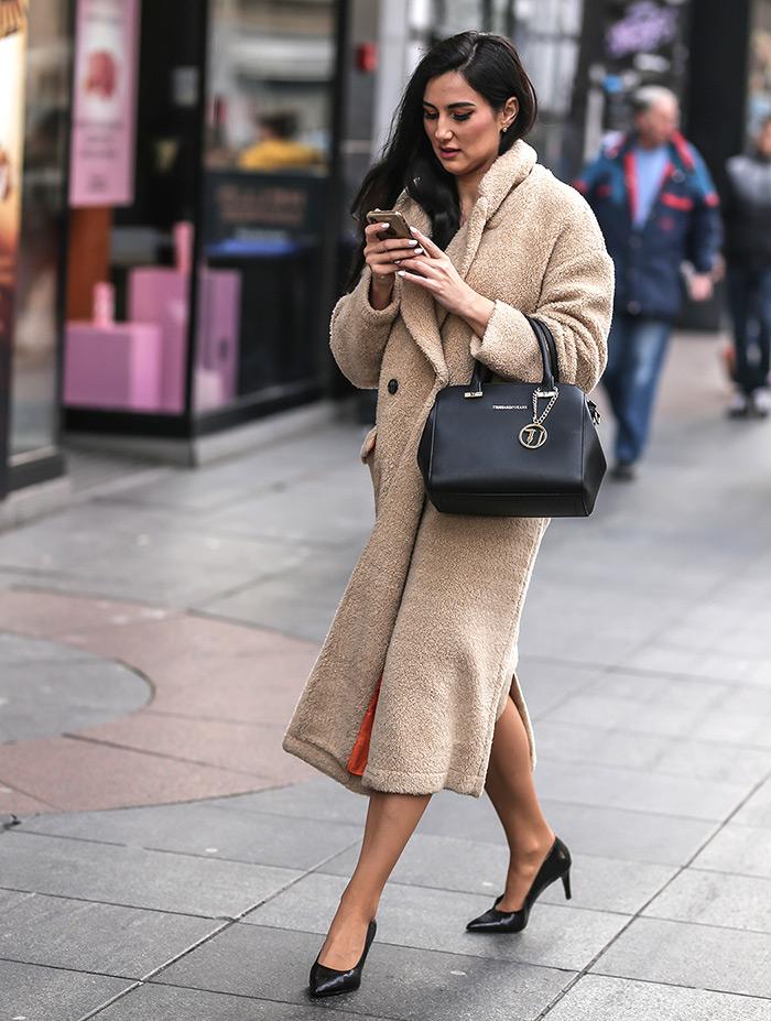 teddy kaput zara ženska moda zima 2019/2020 street style zagreb špica bunduca gdje kupiti teddy bear coat MaxMara Zara Asos Topshop najnovije špica zagreb