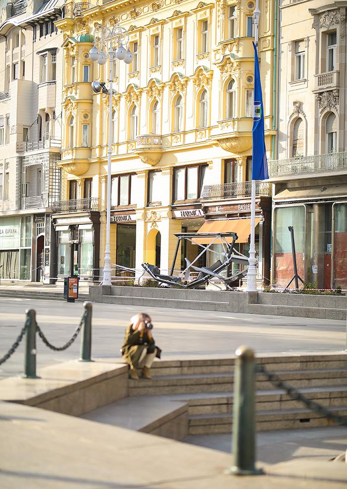 koronavirus potres Zagreb fotke fotografije nakon potresa trg bana jelačića