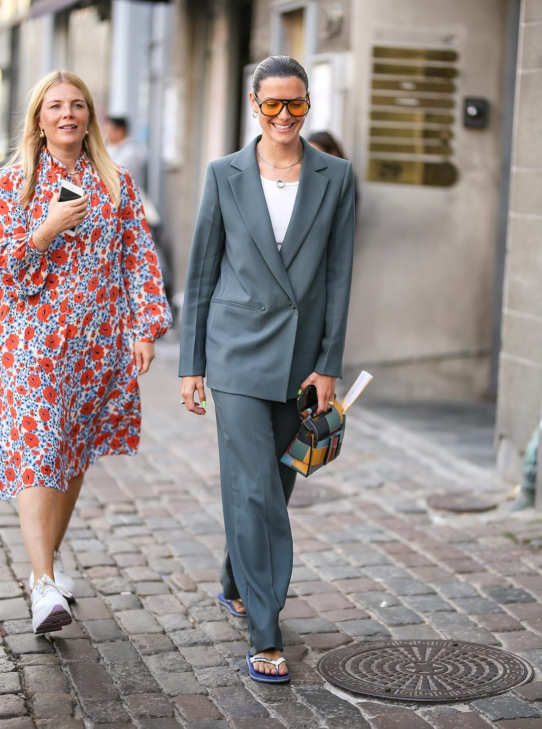 street style ljetno odijelo bijeli šorc crne bermude kako kombinirati moda trend ljeto massimo dutti