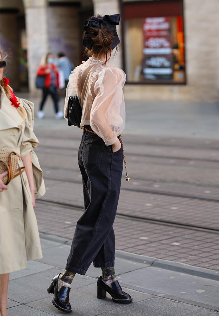 Kreacije Simone Rocha x H&M street style moda na ulicama Zagreba. Isprobali smo, pogledajte! Foto: Ana Josipović i Slavica Josipović, dubrovačke studentice Brigita Siništaj i Magdalena Filipović Srhoj