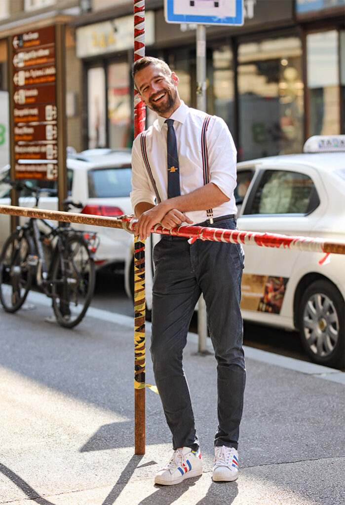 dr Natko Beck influencer i doktor street style zagreb izložba Under Construction foto Ana Josipović