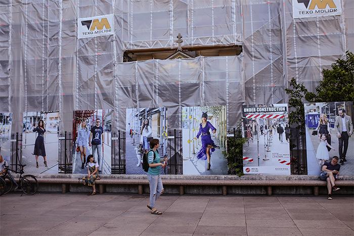 """Izložba """"Under Contruction - ulična moda pod zagrebačkim skelama"""" u lipnju na Cvjetnom trgu u Zagrebu"""