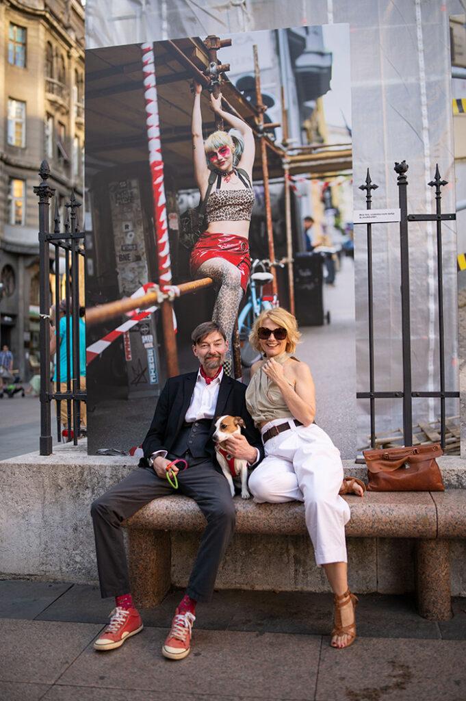 "Lukas i Barbara Nola na otvorenju izložbe ""Under Construction"" na Cvjetnom trgu"
